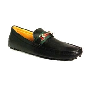 This is new Gucci shoes never use in box